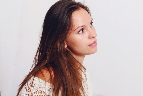 girl-1404824_1280