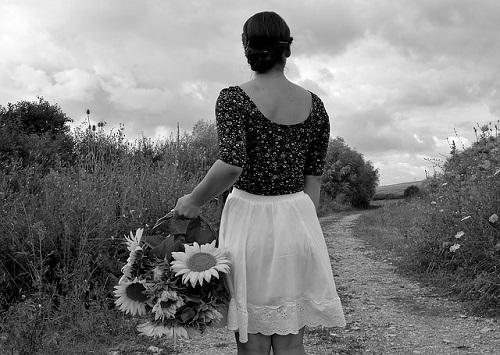 black-and-white-1526025_640.jpg