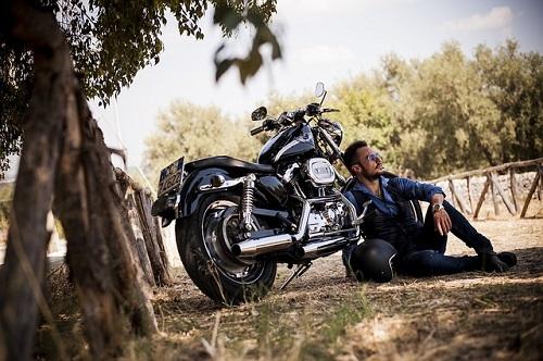 biker-2572582_640.jpg