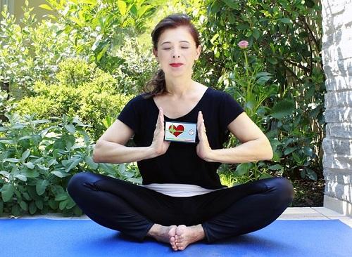 yoga-2433176_640.jpg