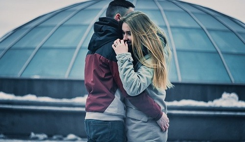 couple-1149143_640