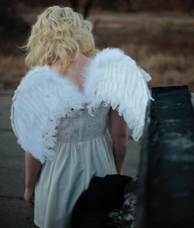 woman-wearing-wings-2866016